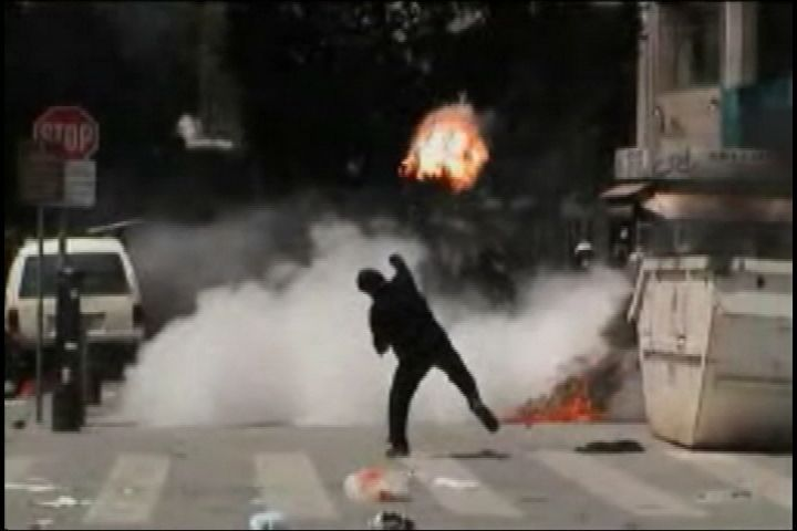 émeutes coktail molotov