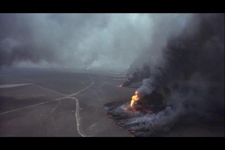 puits de petrole en feu